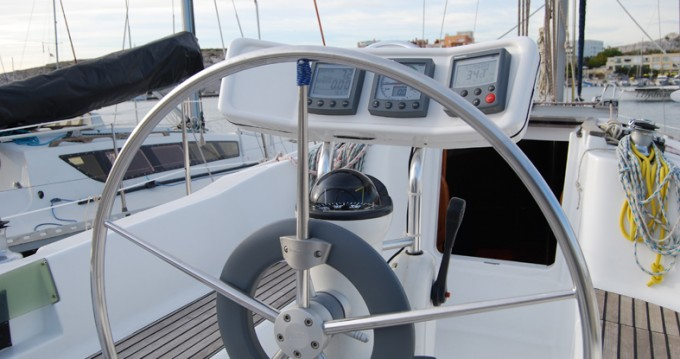 Bootsverleih Jeanneau Sun Odyssey 32.2 Frioul Islands Samboat