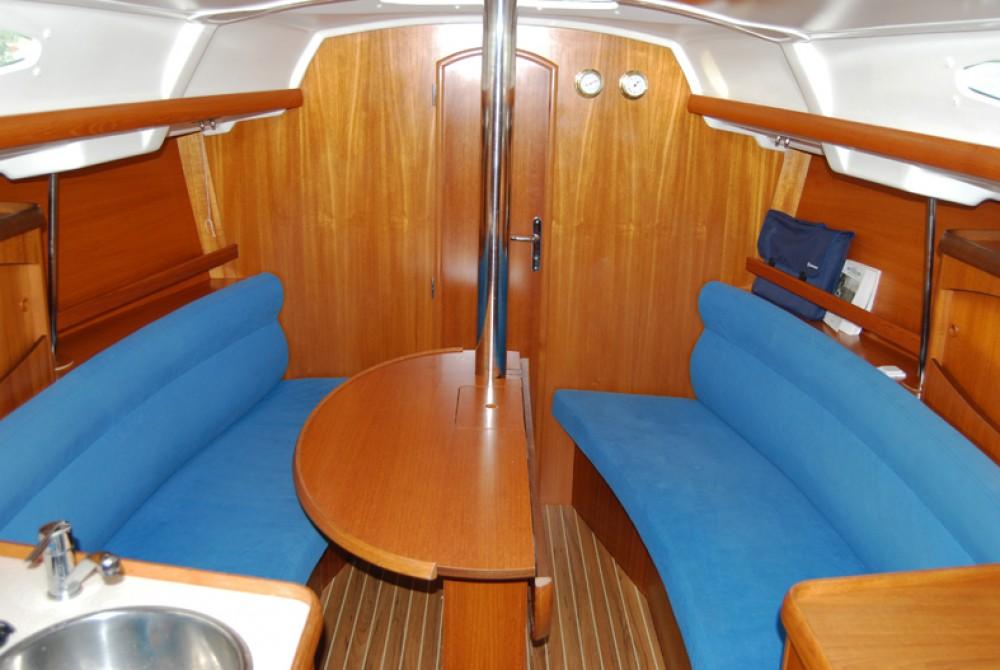 Segelboot mieten in Port du Frioul - Jeanneau Sun Odyssey 32.2