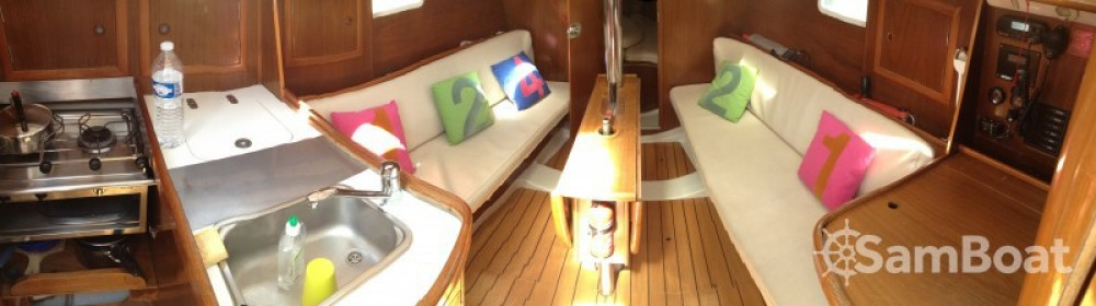 Yacht-Charter in Lorient - Bénéteau Oceanis 311 DL auf SamBoat