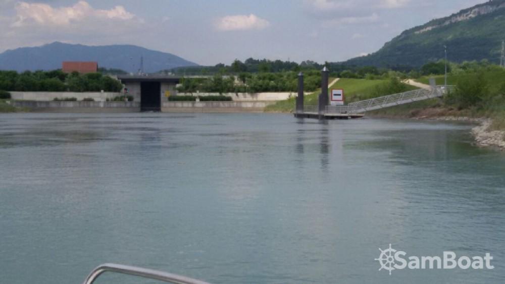 Motorboot mieten in Virignin - Jeanneau Leader 550