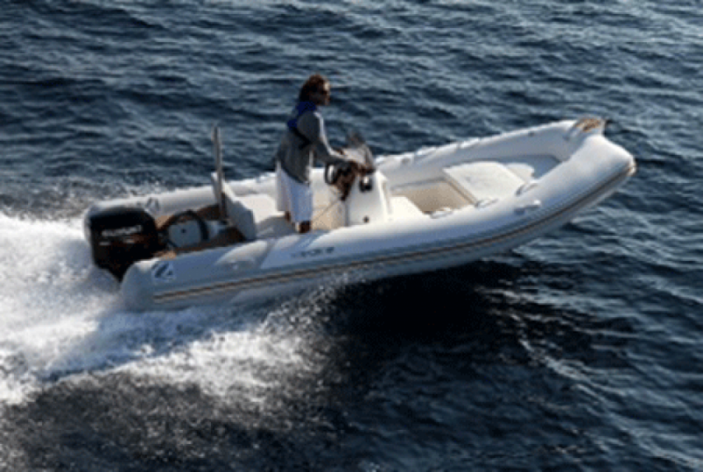Schlauchboot mieten in Hyères - Zodiac Medline 500