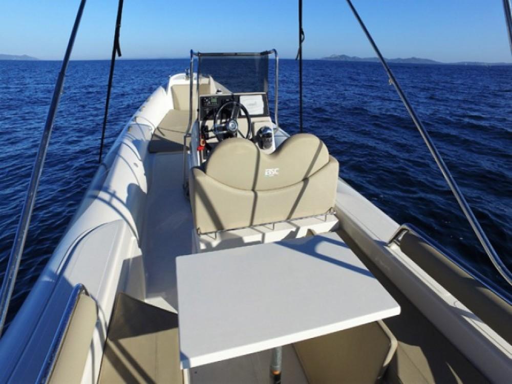 Schlauchboot mit oder ohne Skipper Bsc mieten in Hyères