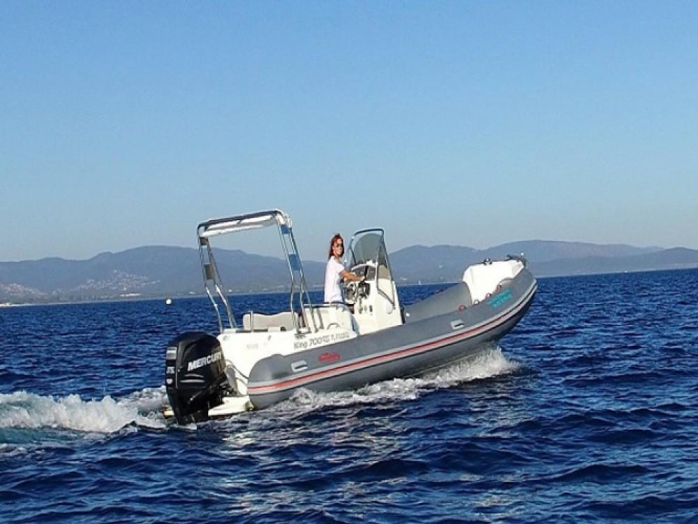 Nuova Jolly Nuova Jolly 700 RS zwischen Privatpersonen und professionellem Anbieter Hyères