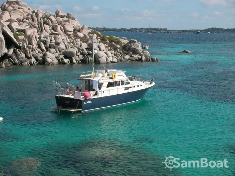 Vermietung Motorboot Sev mit Führerschein