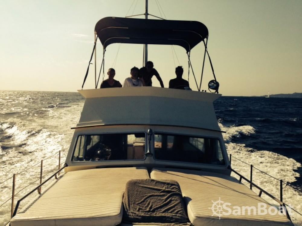 Motorboot mit oder ohne Skipper Sev mieten in Serra-di-Ferro