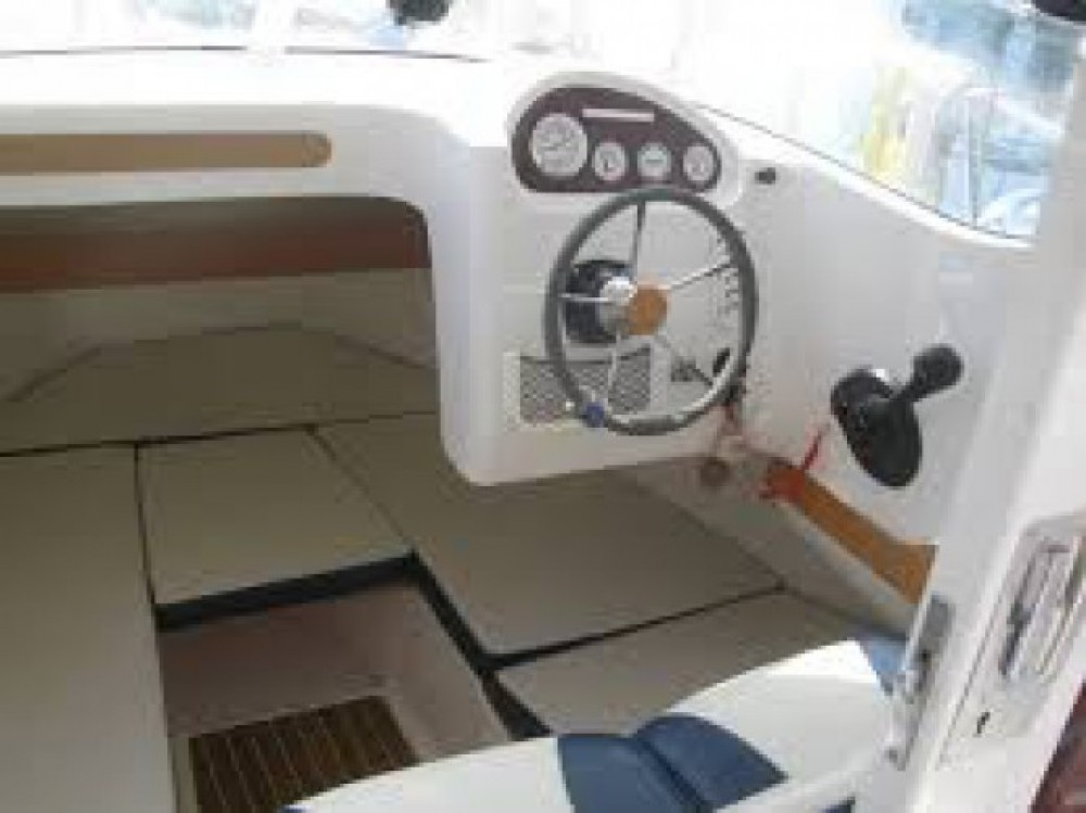 Yacht-Charter in Lorient - Quicksilver Quicksilver 640 Pilothouse auf SamBoat