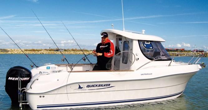 Motorboot mieten in Lorient zum besten Preis