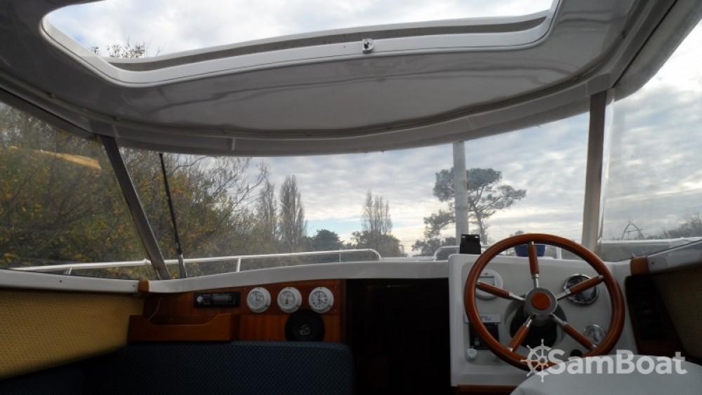 Yacht-Charter in  - Quicksilver Week End auf SamBoat