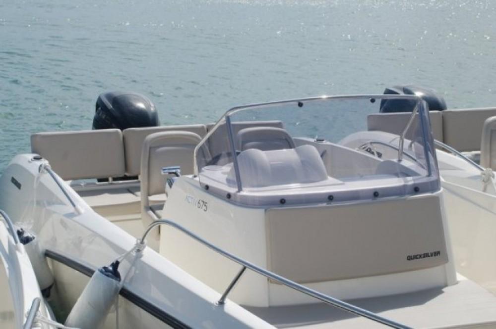 Motorboot mit oder ohne Skipper Quicksilver mieten in Marseille