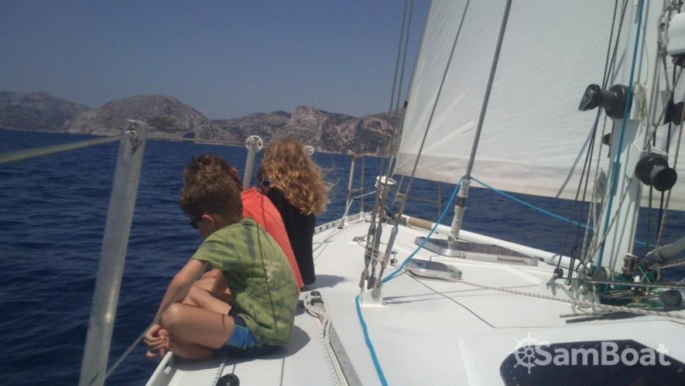 Alu-Boat-Prestige RIO zwischen Privatpersonen und professionellem Anbieter Marseille