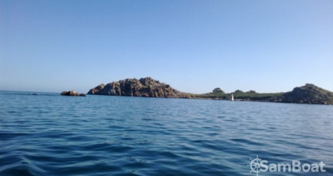 Motorboot mit oder ohne Skipper Syla mieten in Plougasnou