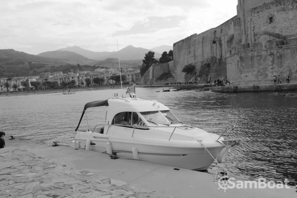 Bénéteau Antares 6 zwischen Privatpersonen und professionellem Anbieter Saint-Cyprien
