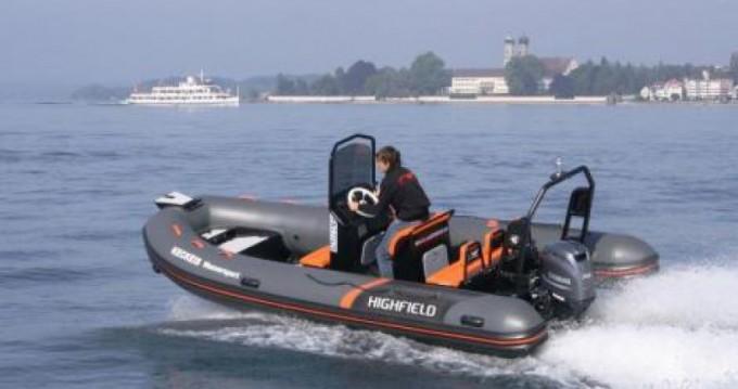 Highfield Ocean Master 540 zwischen Privatpersonen und professionellem Anbieter Saint-Malo