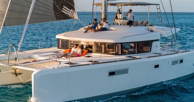 Yacht-Charter in Le Marin - Lagoon Lagoon 52 auf SamBoat