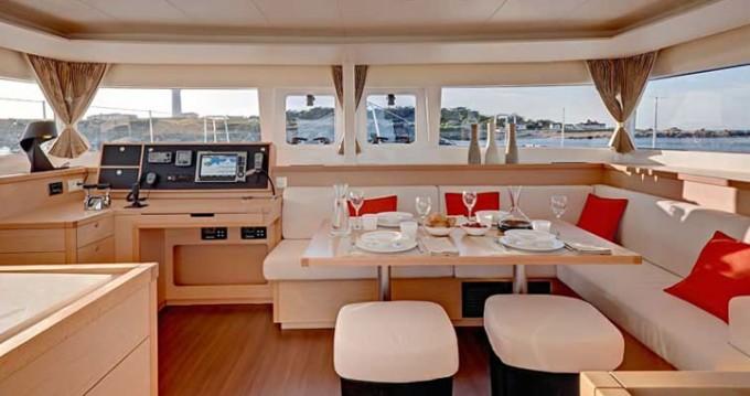 Yacht-Charter in Le Marin - Lagoon Lagoon 450 auf SamBoat