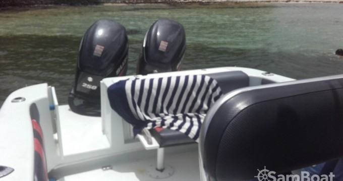 Bootsverleih Baja sportfish Le François Samboat