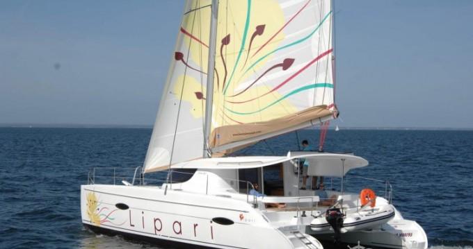 Katamaran mit oder ohne Skipper Fountaine Pajot mieten in Le Marin