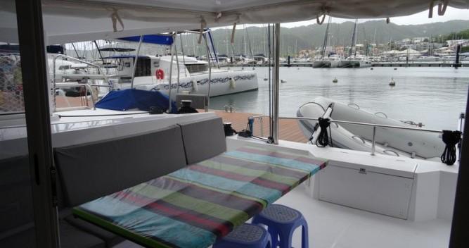 Ein Nautitech Open 40 mieten in Le Marin