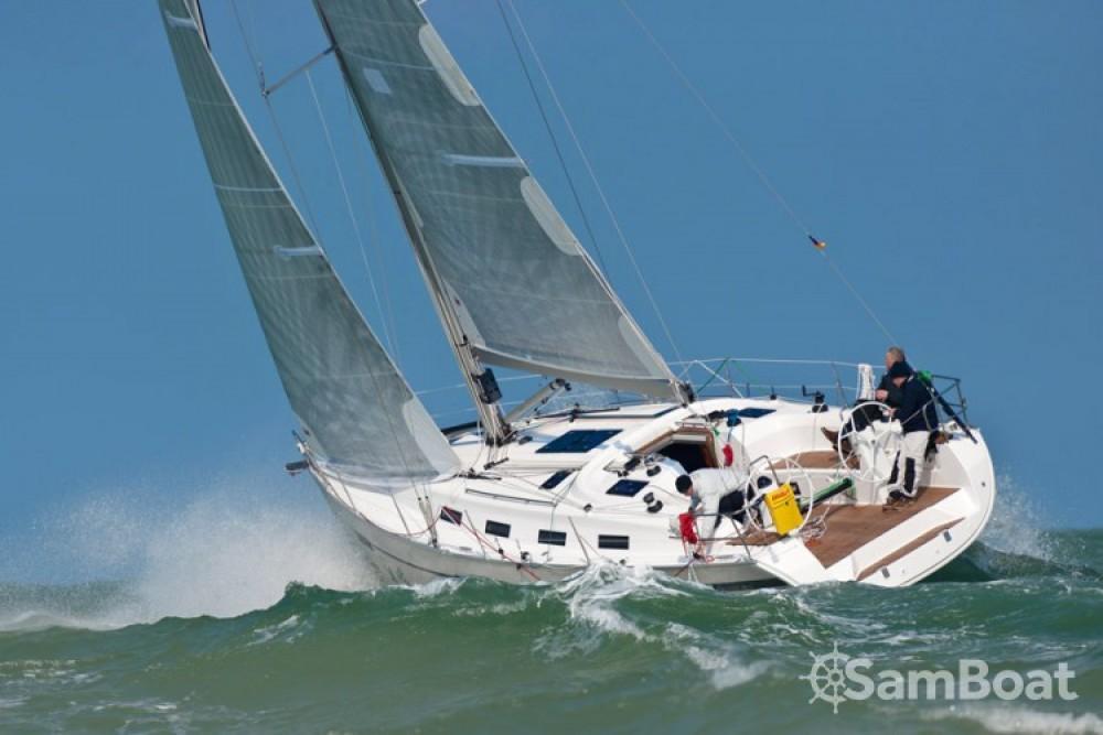 Segelboot mieten in Port Diélette - Bavaria Sport 40