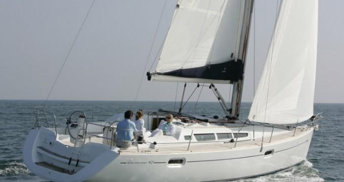 Ein Jeanneau Sun Odyssey 42i mieten in Le Marin