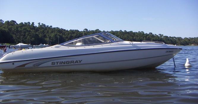 Motorboot mit oder ohne Skipper Stingray mieten in Lacanau