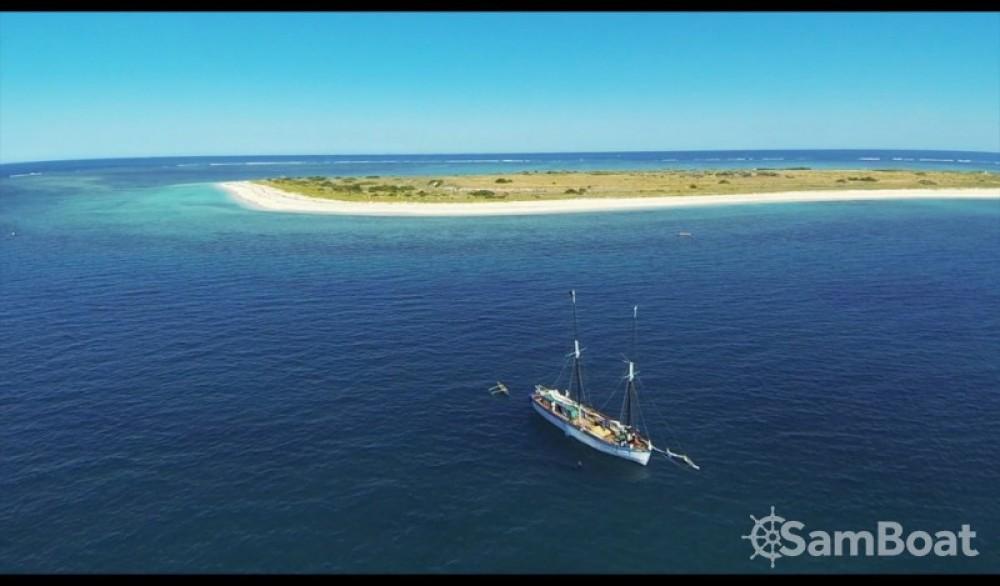 Vermietung Segelboot Unique mit Führerschein