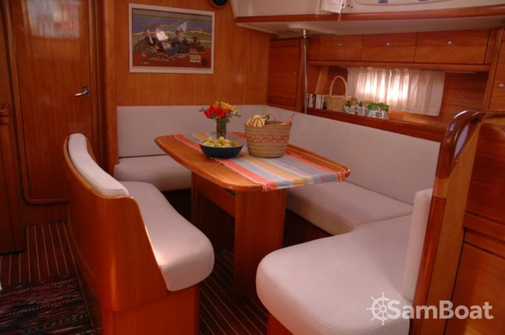 Bootsverleih Olbia günstig Bavaria 39 Cruiser