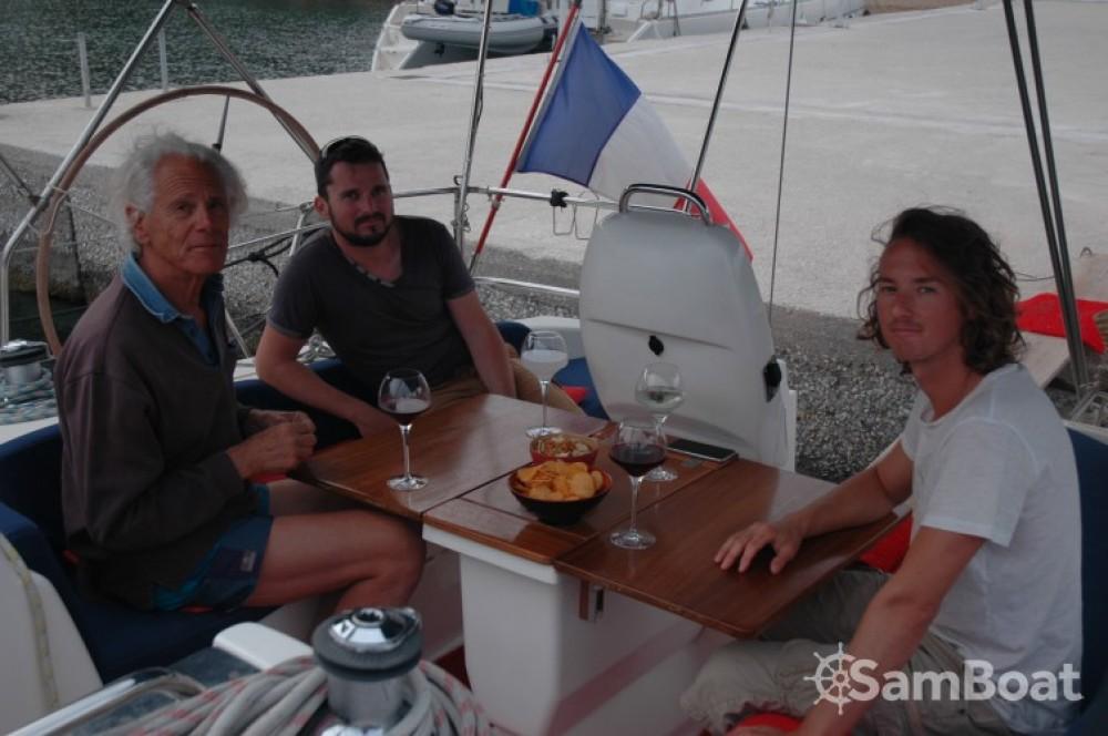 Ein Bavaria Bavaria 39 Cruiser mieten in Olbia