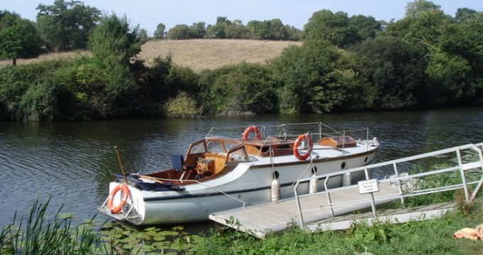 Bootsverleih Fox-And-Sons gentleman launch Nantes Samboat