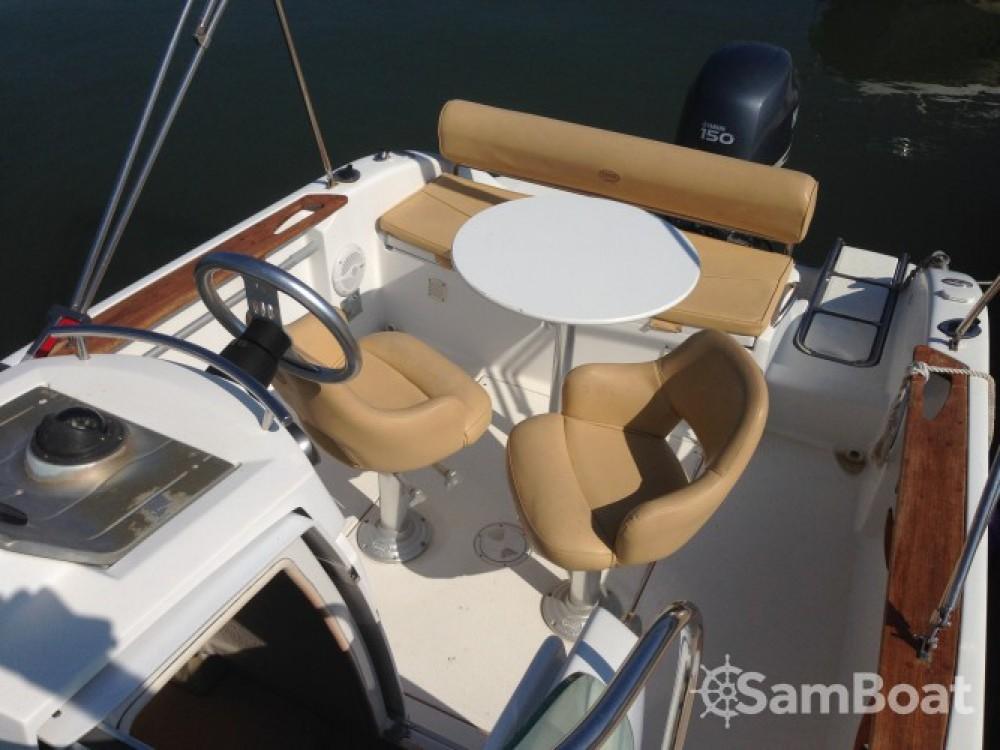 Motorboot mit oder ohne Skipper Sessa Marine mieten in