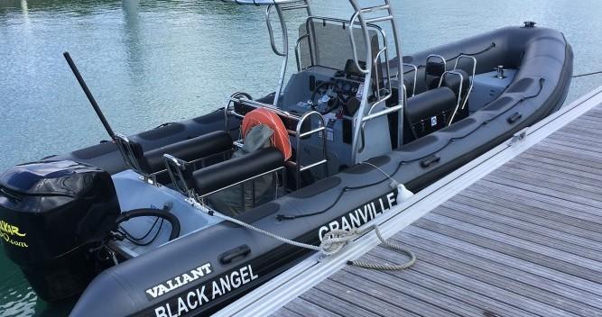 Schlauchboot mit oder ohne Skipper Valiant mieten in Granville