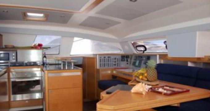 Catana Catana 50 Ocean Class zwischen Privatpersonen und professionellem Anbieter Marigot