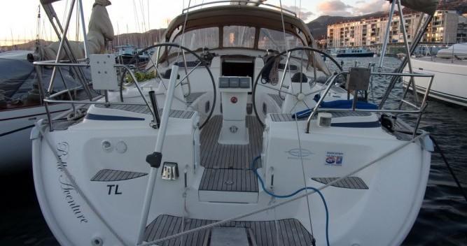 Ein Bavaria Cruiser 50 mieten in Toulon