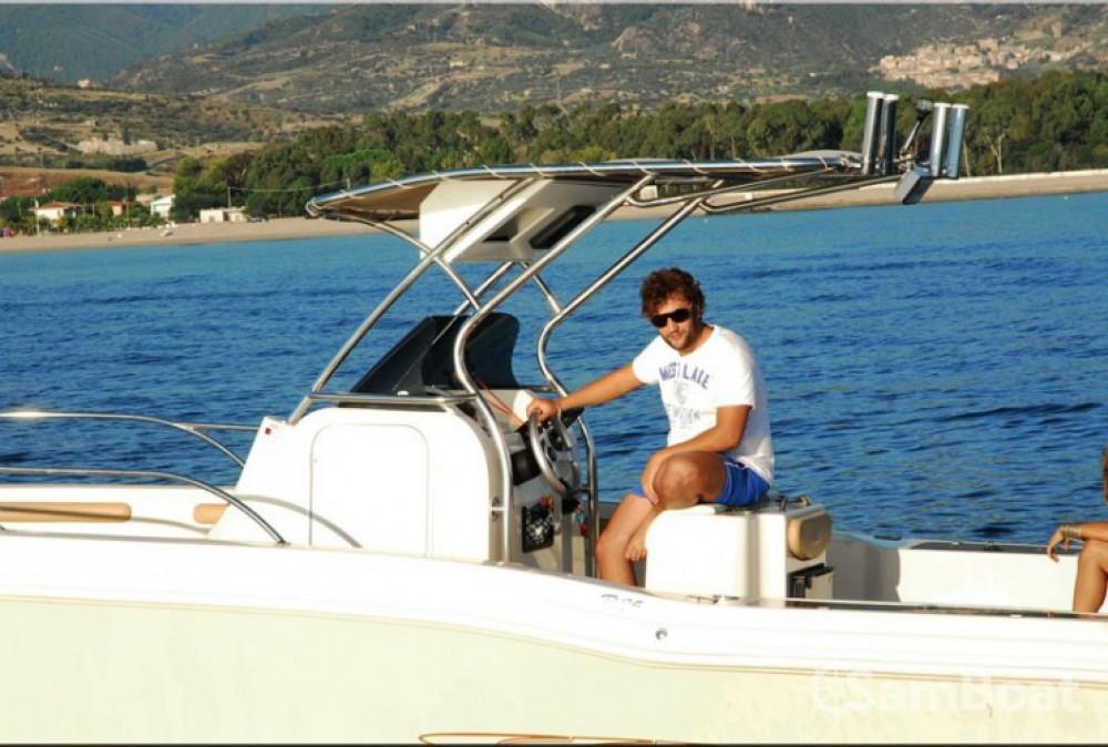 Motorboot mit oder ohne Skipper Ranieri mieten in Nizza