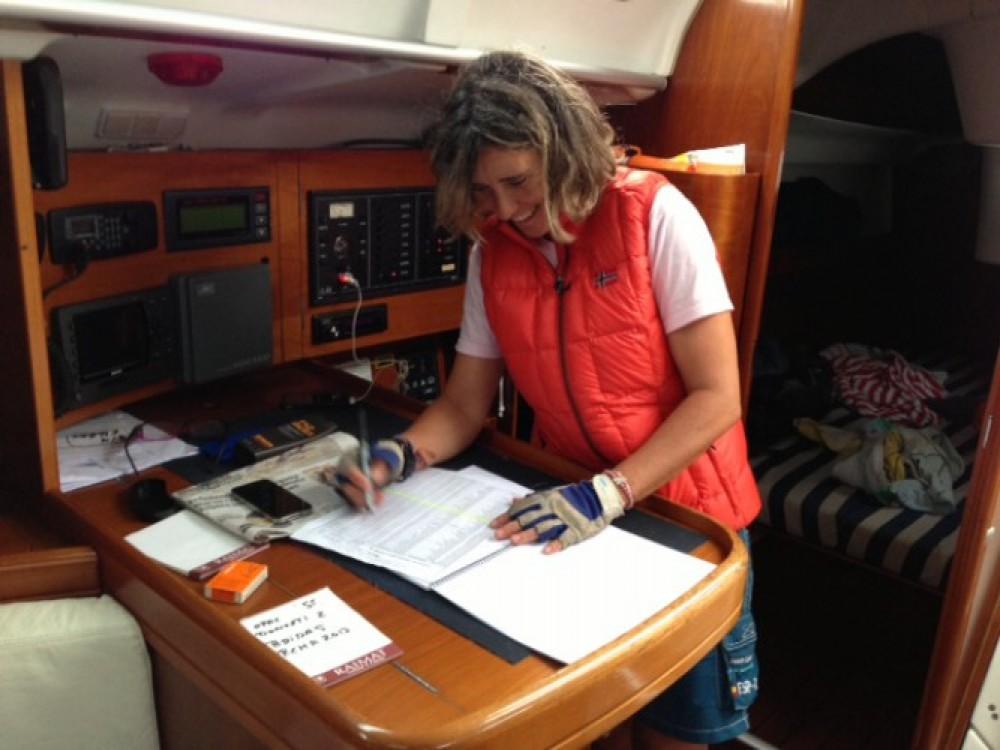 Bootsverleih Hondarribia/Fontarrabie günstig Oceanis 373