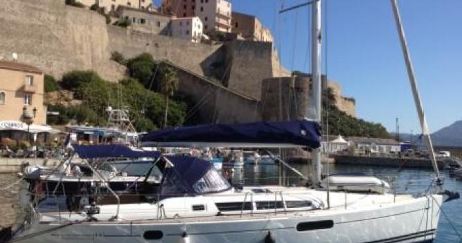 Jeanneau Sun Odyssey 44i Performance zwischen Privatpersonen und professionellem Anbieter Saint-Mandrier-sur-Mer