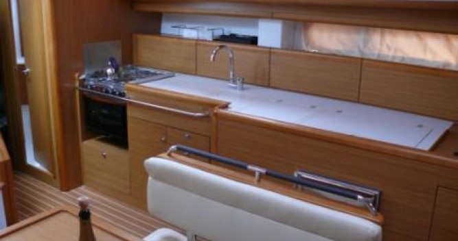 Yacht-Charter in Saint-Mandrier-sur-Mer - Jeanneau Sun Odyssey 44i Performance auf SamBoat