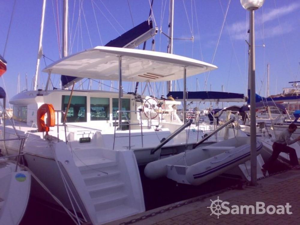 Lagoon Lagoon 420 zwischen Privatpersonen und professionellem Anbieter Antibes