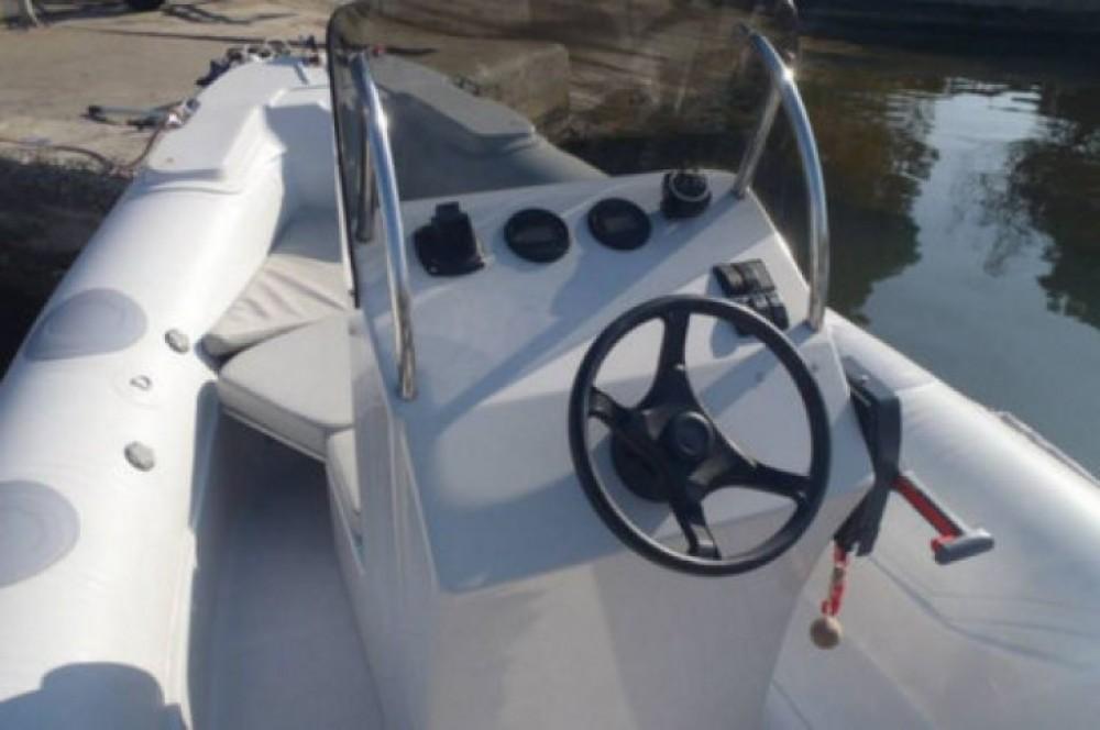 Schlauchboot mit oder ohne Skipper 3D Tender mieten in Saint-Florent