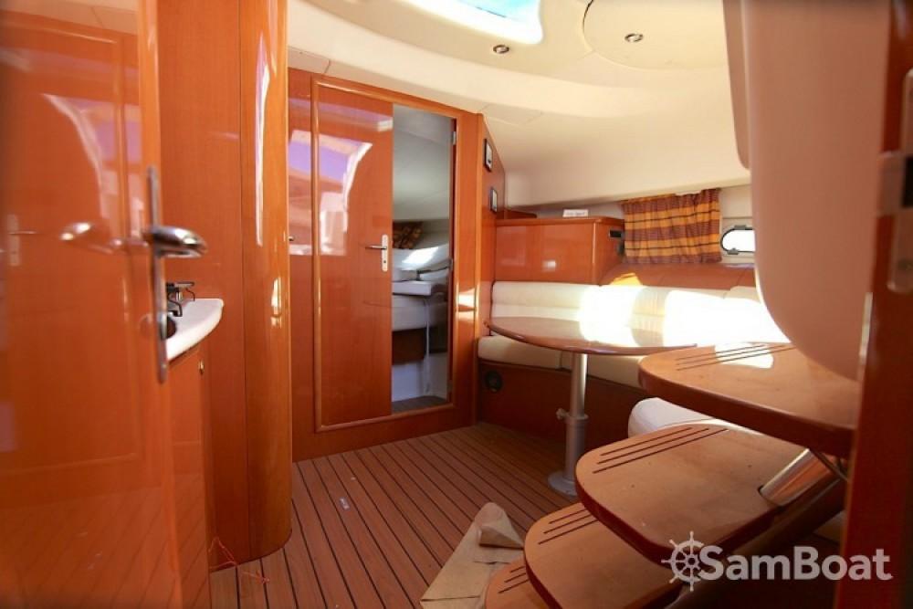 Yacht-Charter in Hyères - Jeanneau Prestige 34 auf SamBoat
