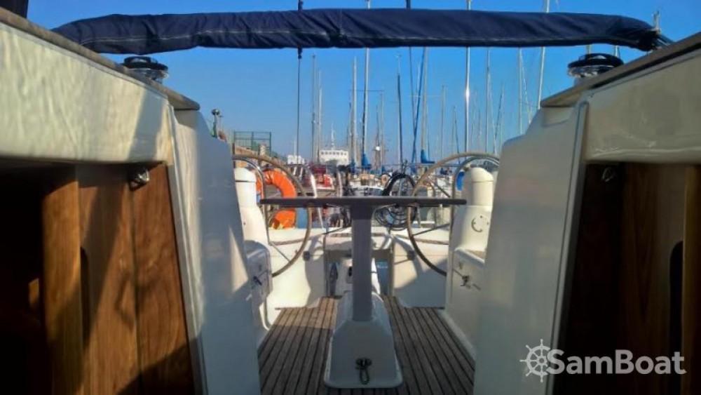 Jeanneau Sun Odyssey 40 zwischen Privatpersonen und professionellem Anbieter Lissabon