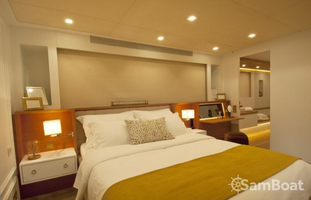 H-Luxury-Yachting Luxury Yachting zwischen Privatpersonen und professionellem Anbieter Cannes