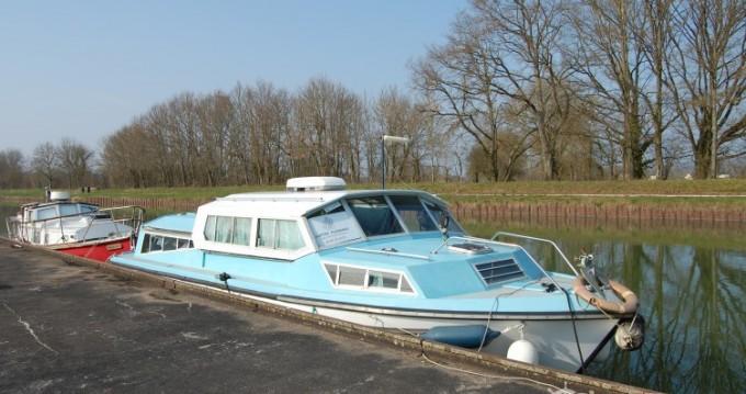 Vermietung Hausboot Bucaner mit Führerschein