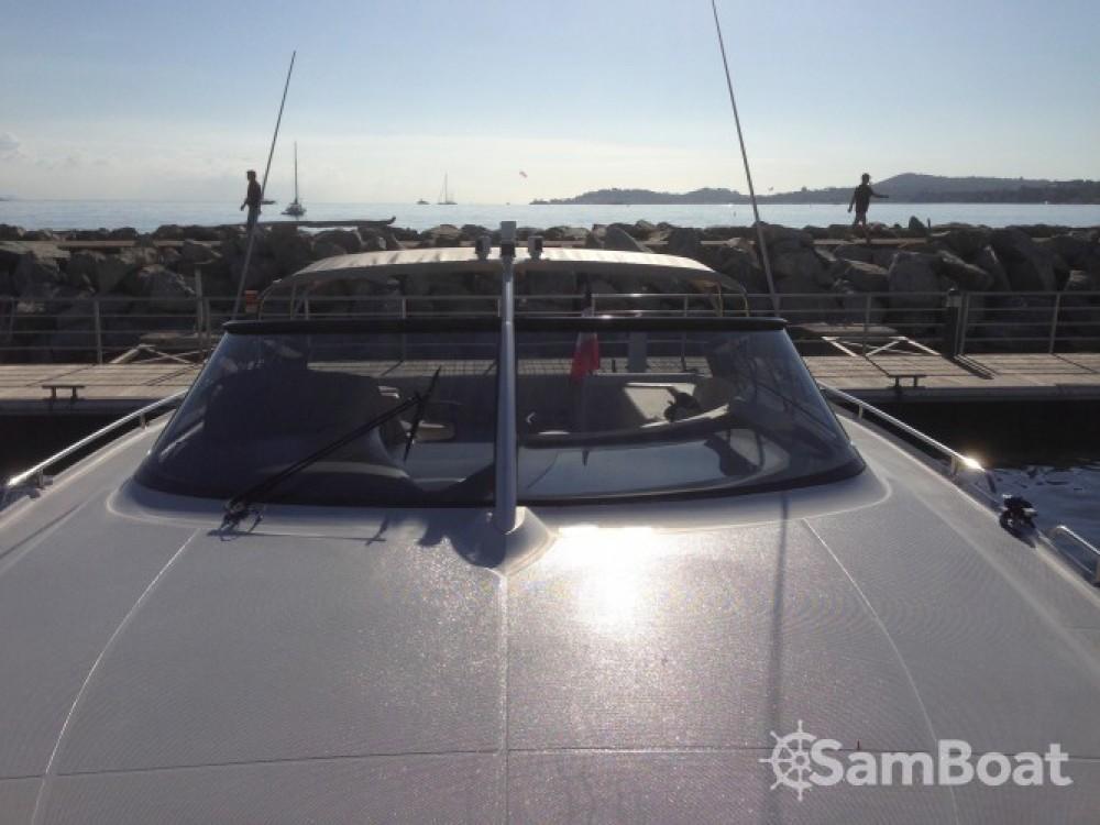 Vermietung Motorboot Baia mit Führerschein