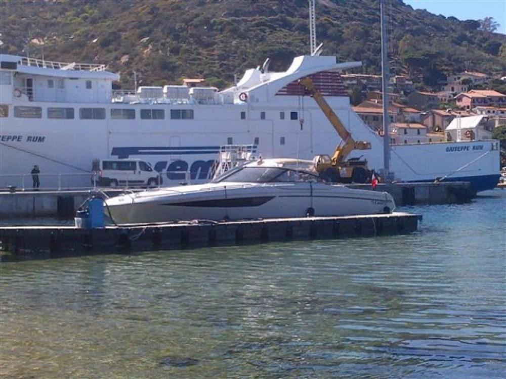 Motorboot mieten in Calvi zum besten Preis