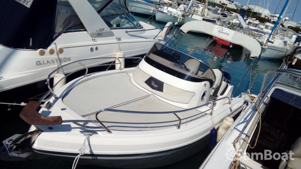 Motorboot mit oder ohne Skipper Ranieri mieten in Nice