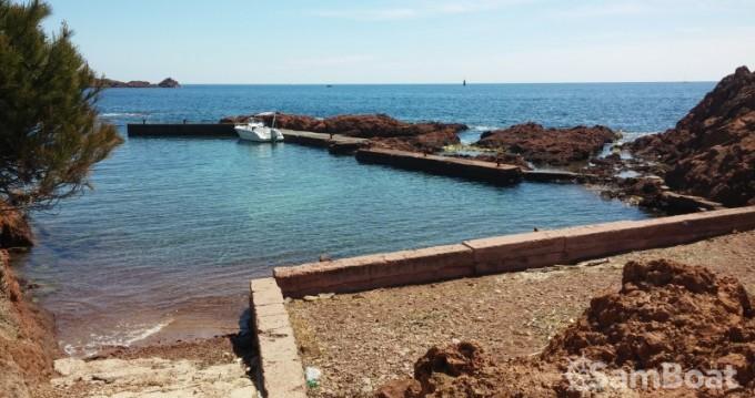 Ein Sessa Marine Key Largo 20 mieten in Saint-Raphaël