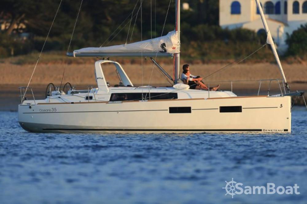 Segelboot mieten in Arzon zum besten Preis