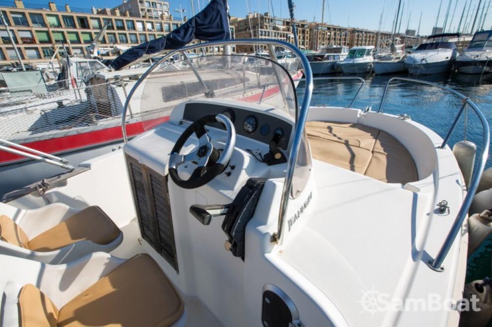 Ein Jeanneau Cap Camarat 545 WA mieten in Marseille