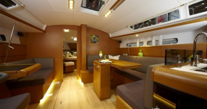 Bootsverleih Port du Crouesty günstig Sun Odyssey 439 Q